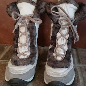 The North Face snow boots size 4